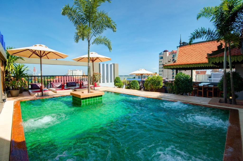 The swimming pool at or near Queen Grand Boutique Hotel and Spa
