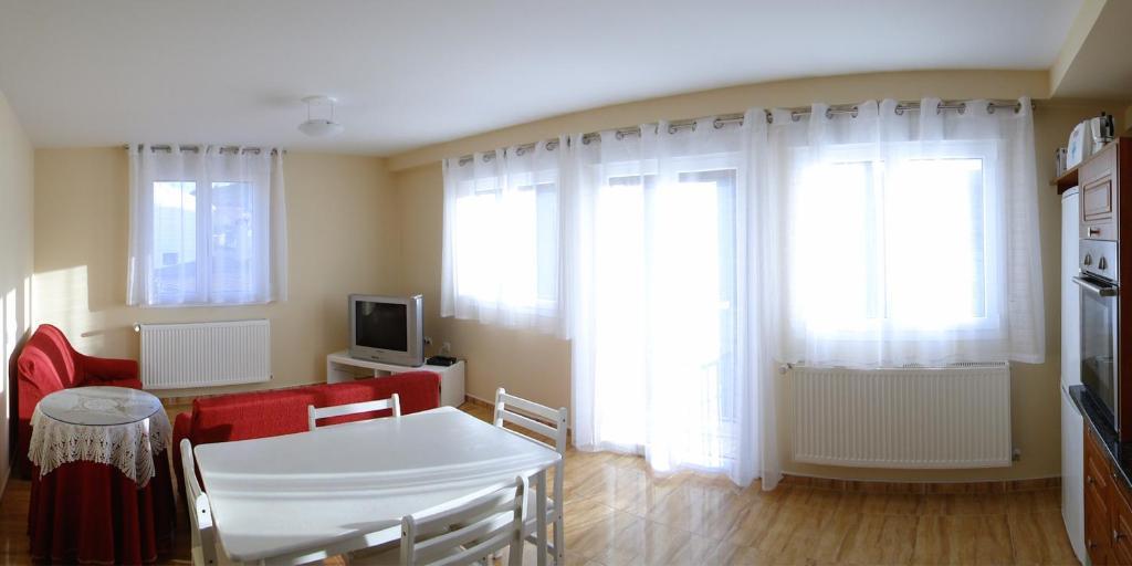 Apartamentos Eneriz foto