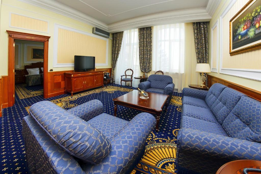 Гостиная зона в Отель Парус