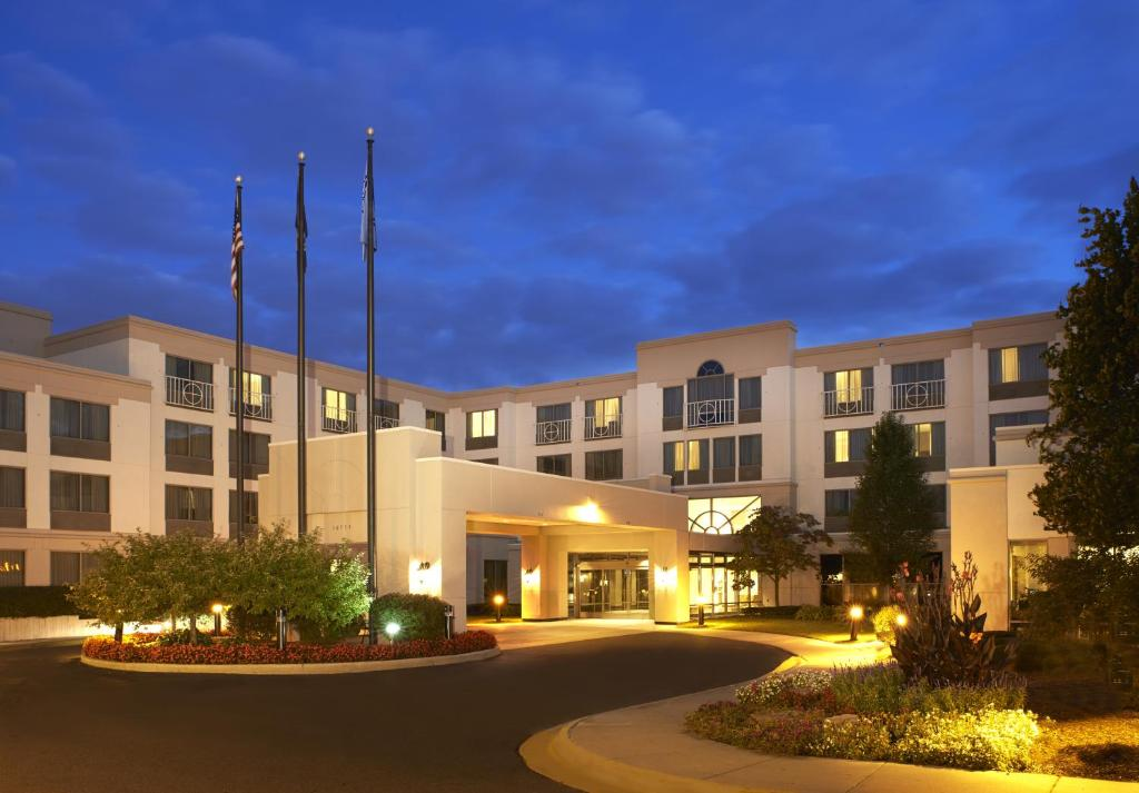 Hotel Marriott Detroit Airport Romulus Mi Booking Com