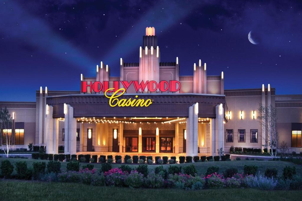 Empress casino joliet burning basketball gambling sites