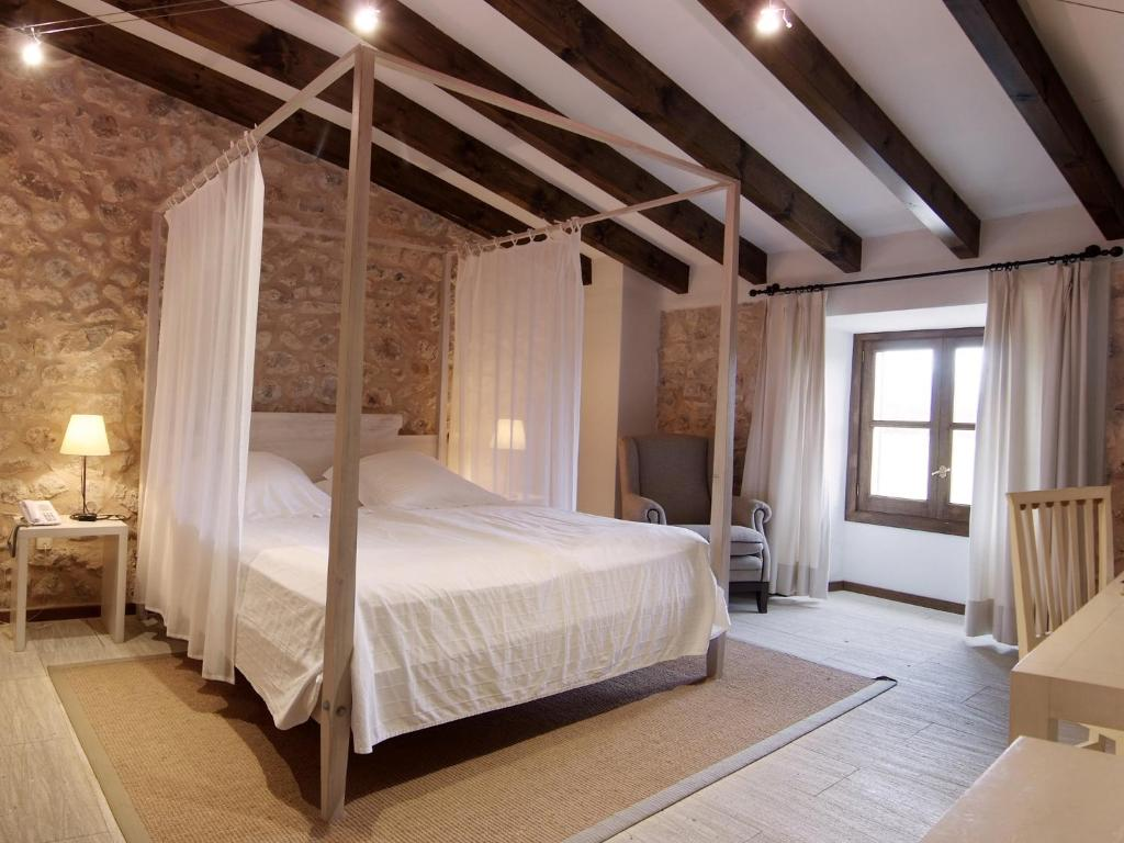 boutique hotels campanet  15