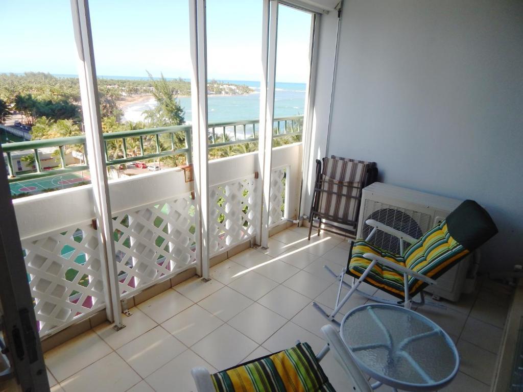 Apartamento playa azul 1005 puerto rico luquillo for Apartamentos playa azul