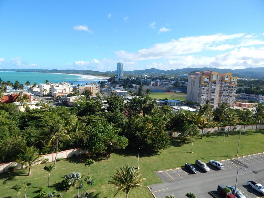 apartment playa azul 1005 luquillo puerto rico. Black Bedroom Furniture Sets. Home Design Ideas
