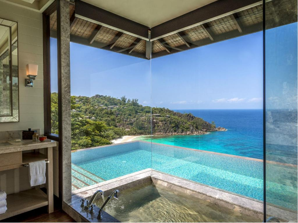four seasons resort seychelles baie lazare mah updated 2018 prices. Black Bedroom Furniture Sets. Home Design Ideas