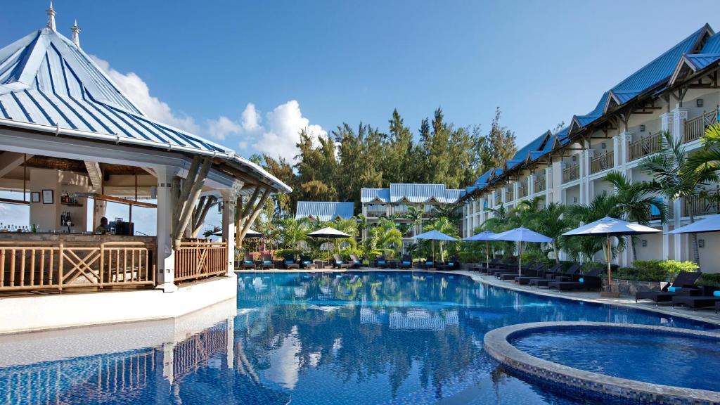 Pearle Beach Resort Spa Flic En Flac Mauritius Booking Com