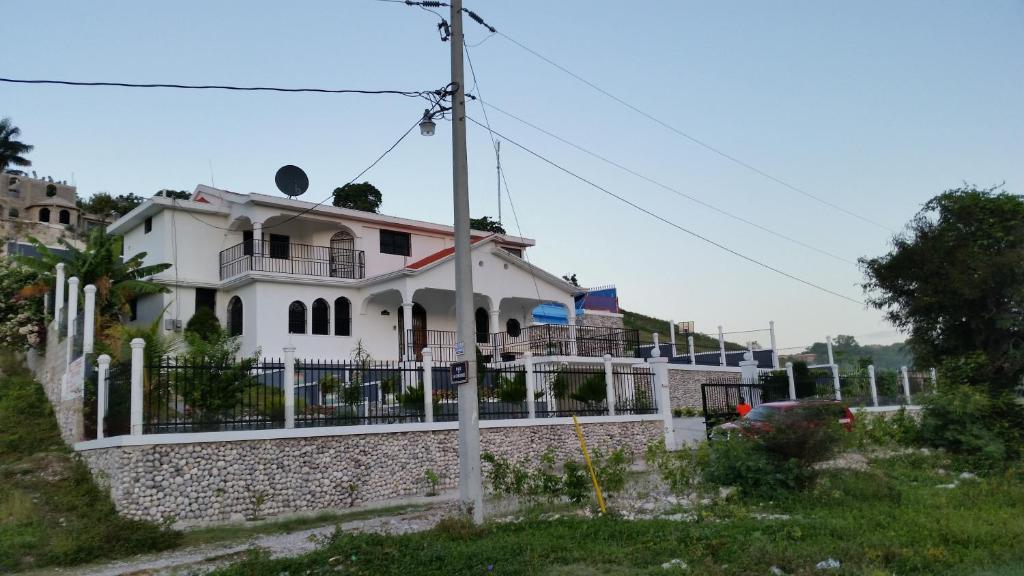 Villa Orphee Les Cayes Haiti Booking Com