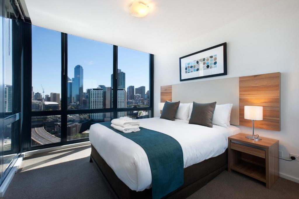 Condo Hotel Short Stay Apts MP Deluxe, Melbourne ...