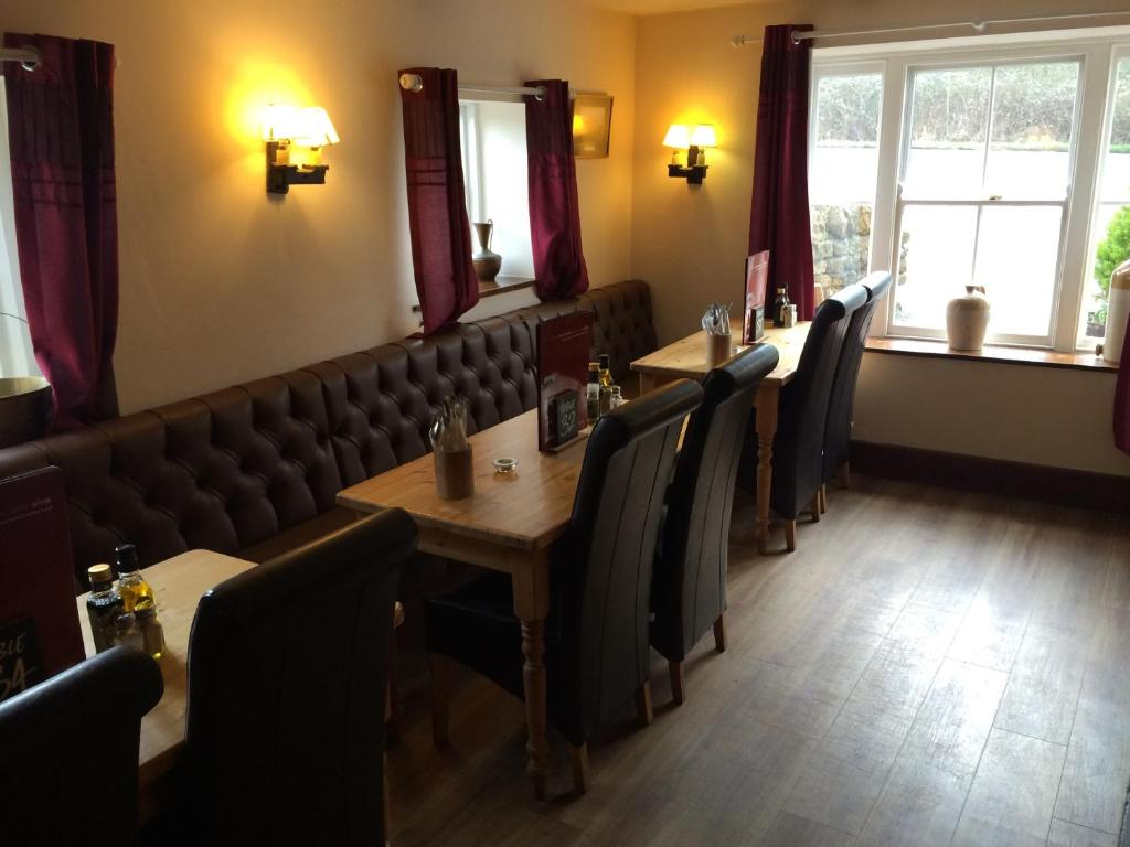 Hunters Lodge Inn, Wincanton – Updated 2018 Prices on