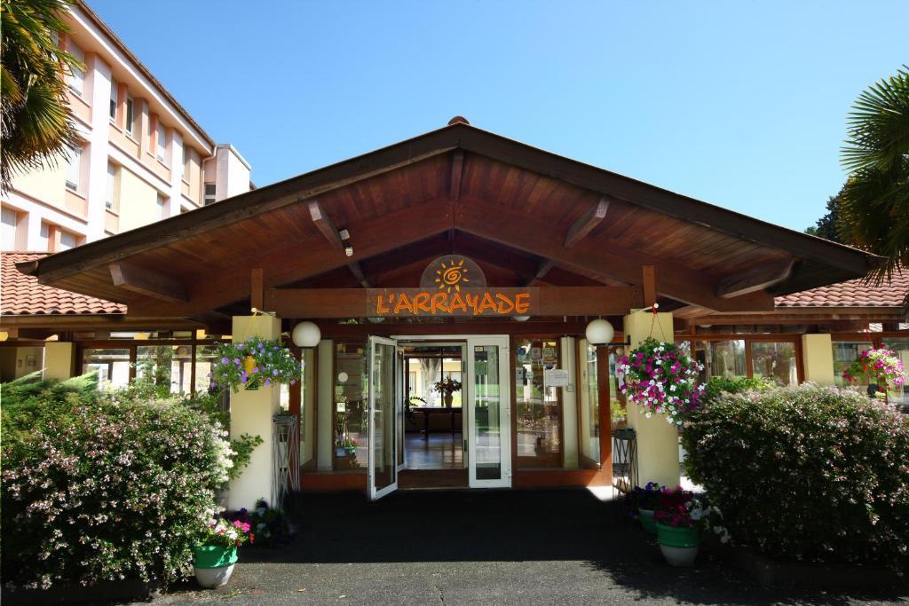 H tel l 39 arrayade france dax for Reservation hotel france