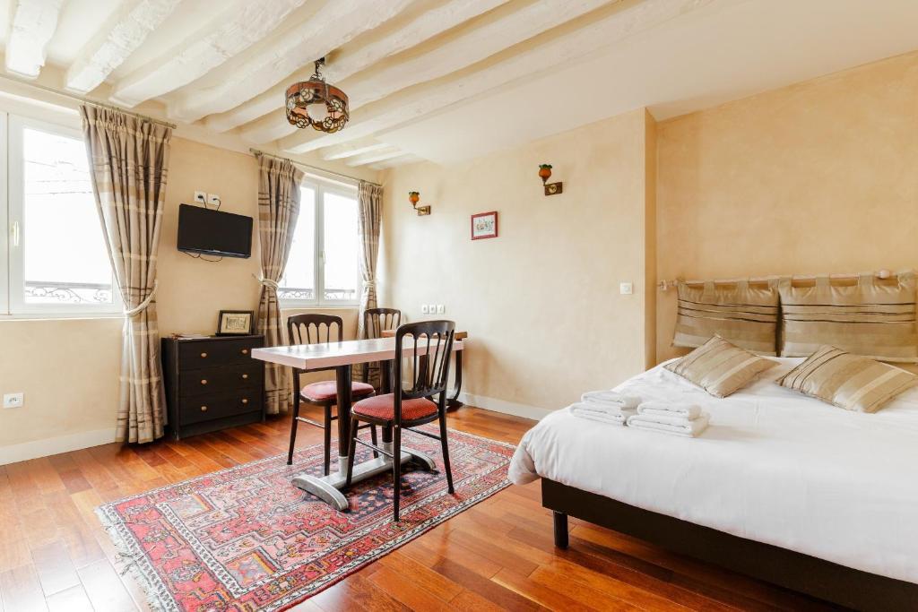 appartement art deco paris france booking com