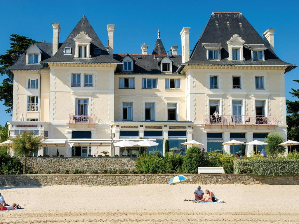 Villa caroline la baule france for Hotels la baule