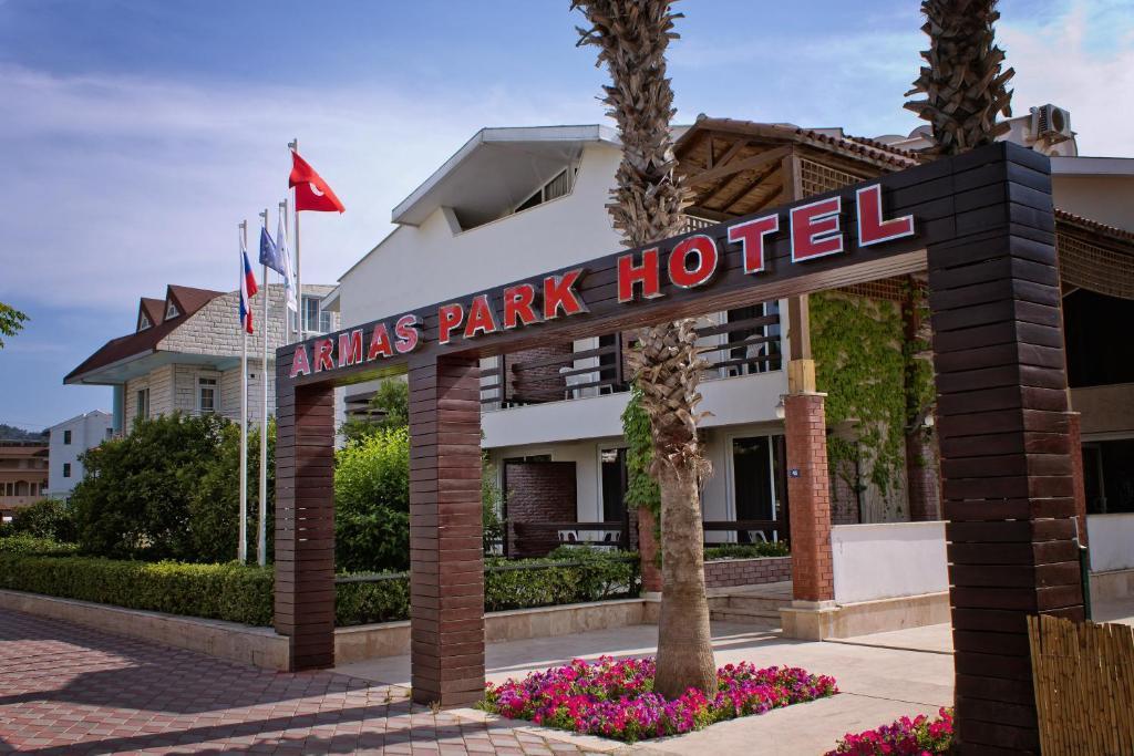 Armas park hotel turska kemer for Hotel pistolas