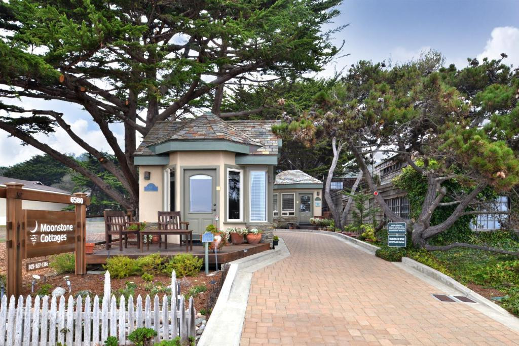 moonstone cottages cambria ca booking com rh booking com romantic cottages in california cottages in califorina disney