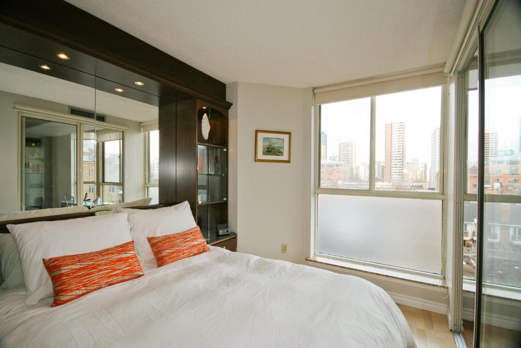 Yorkville Luxury Apartments, Toronto, Canada - Booking.com