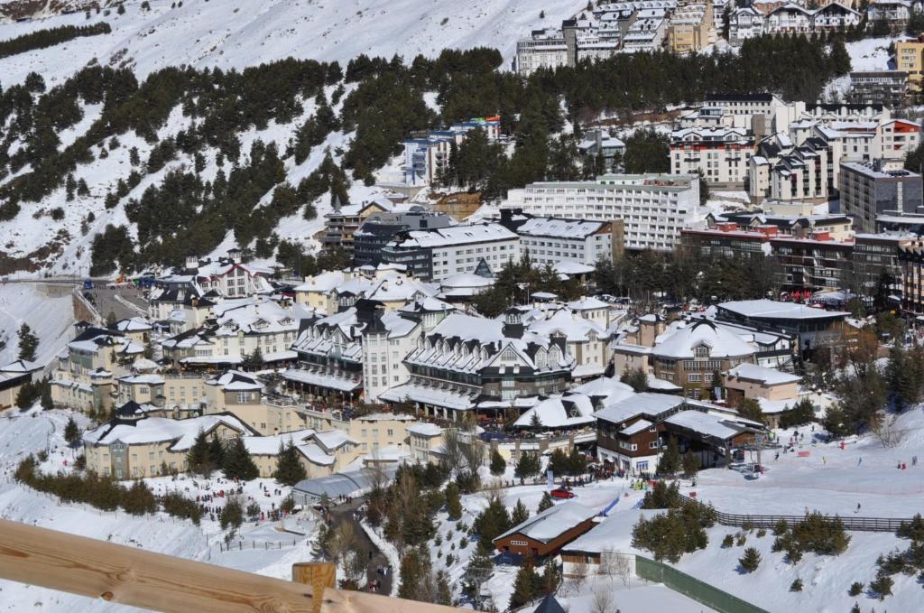 Apartamentos ghm plaza sierra nevada con fotos - Hotel en sierra nevada con spa ...
