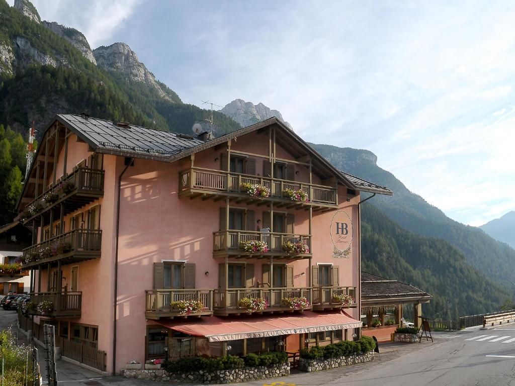 Hotel barance alleghe italy for Reservation hotel italie