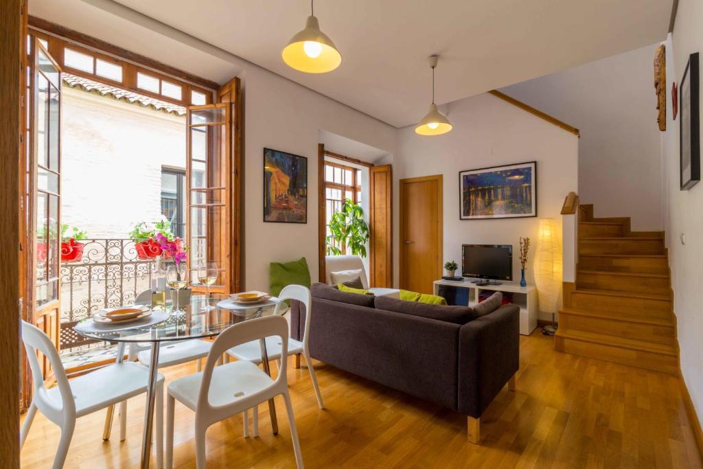 La casa del conde de gelves apartments sevilla precios for Alquiler de casas en gelves sevilla