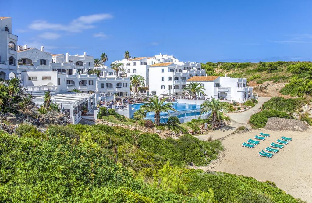 Apartment White Sands Beach Club By Diamond R Arenal D En Castell Spain Booking Com