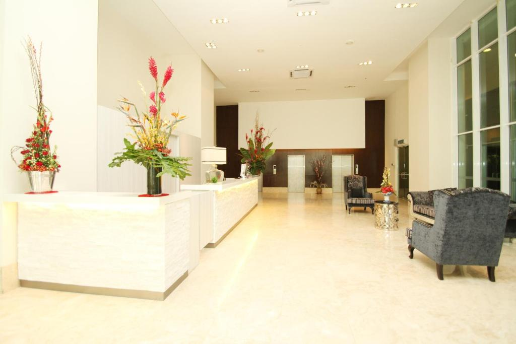 The lobby or reception area at A BEST Seri Bukit Ceylon Serviced Residence