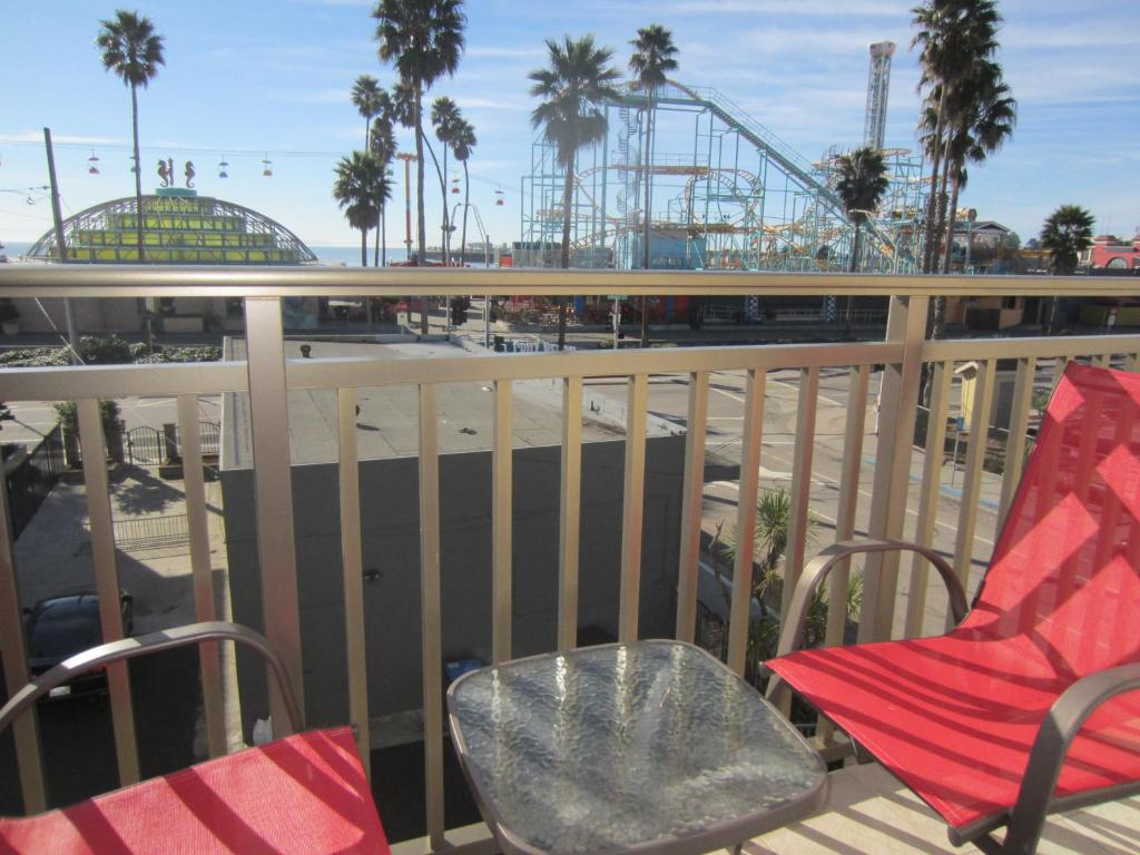 Carousel Beach Inn Reserve Now Gallery Image Of This Property