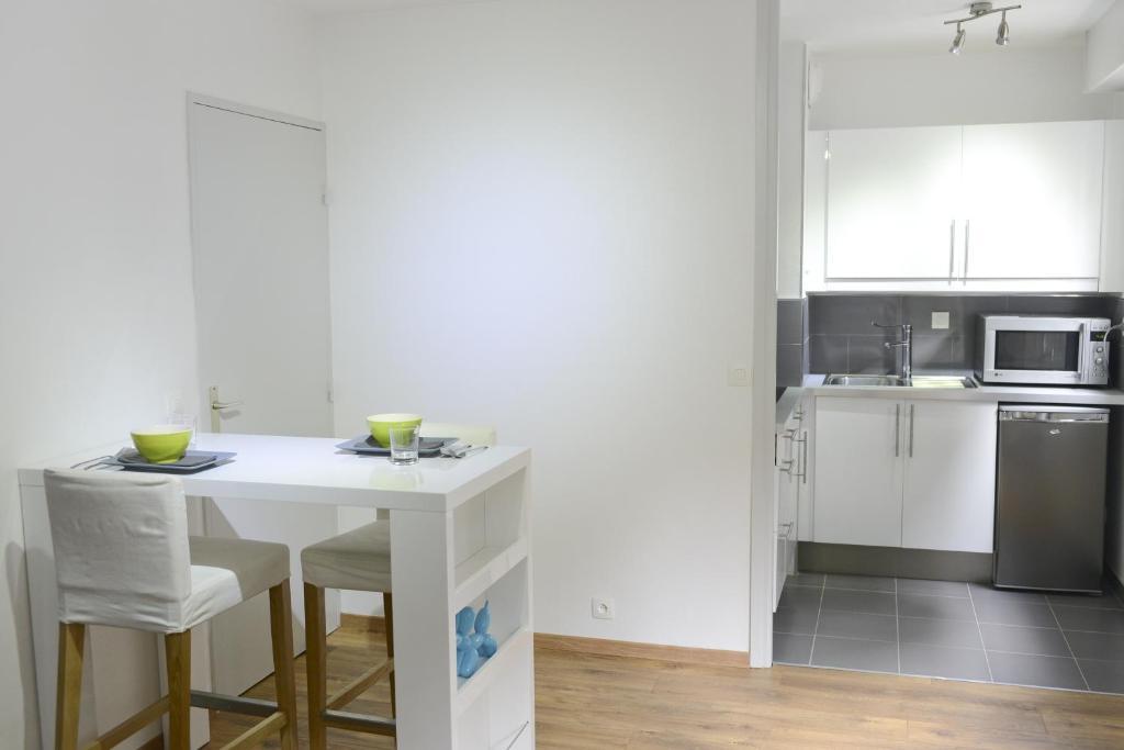 Studio moderne lille centre lille tarifs 2019 for Ville super moderne
