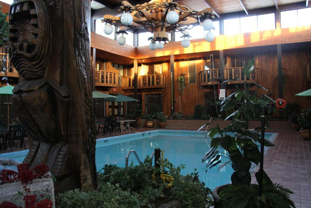 nelson bc hotel deals