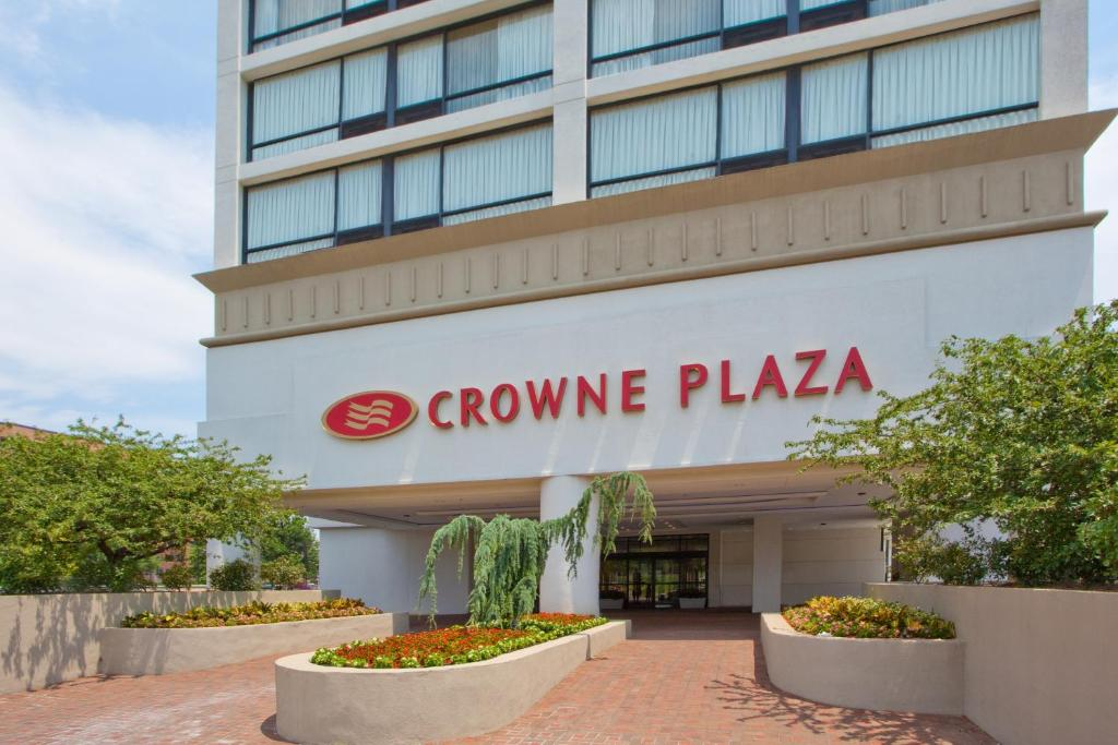 Crowne Plaza Hotel Old Town Alexandria Reserve Now Gallery Image Of This Property