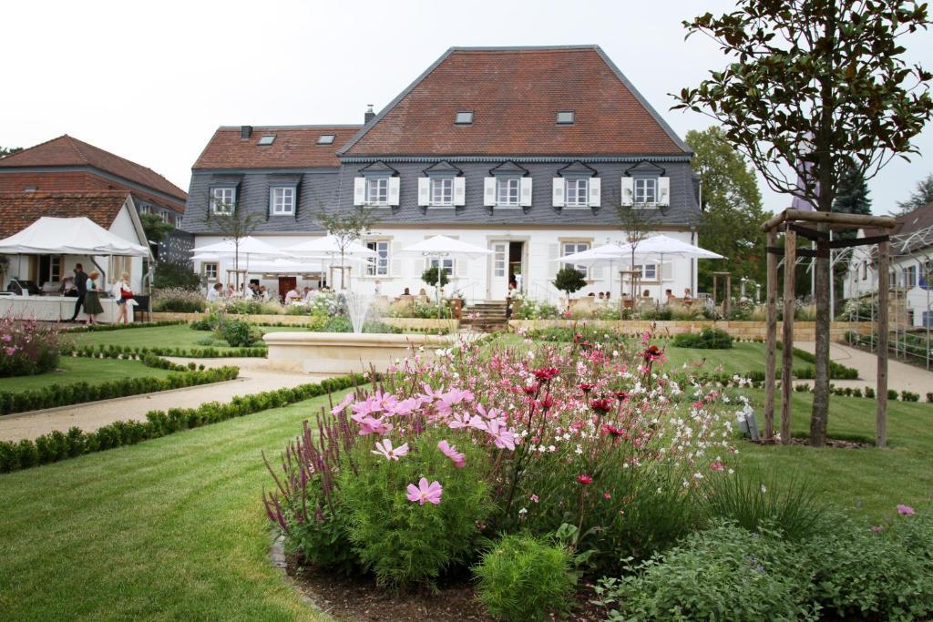 Schlössl Oberotterbach hotel schlössl oberotterbach germany booking com