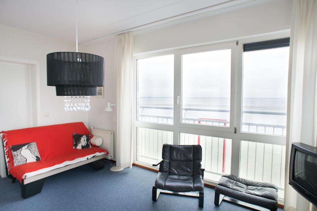 Appartement aan zee port scaldis breskens netherlands for Interieur appartement aan zee