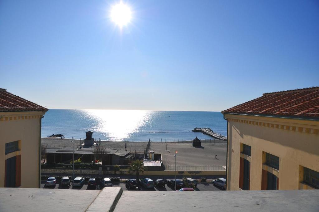 Γενική θέα στη θάλασσα ή θέα στη θάλασσα από  αυτό το hostel