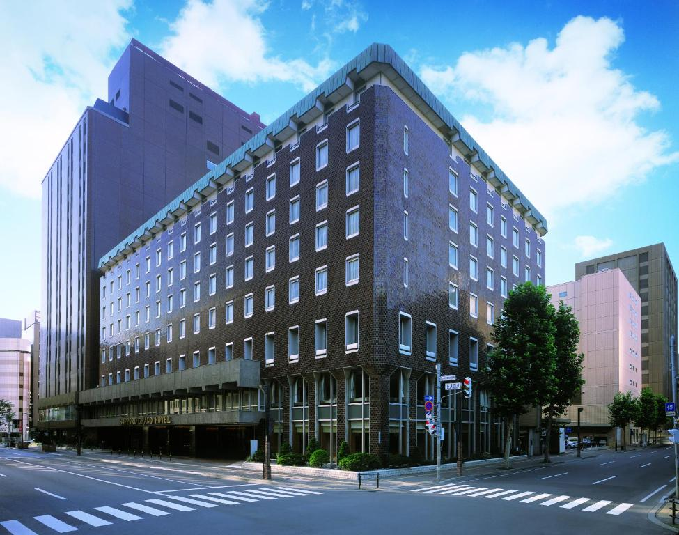 Sapporo grand hotel japan for Booking hotel