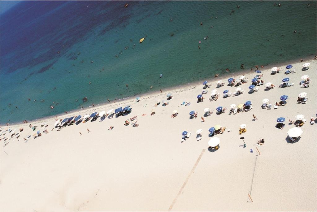 A bird's-eye view of Hotel Platon Beach