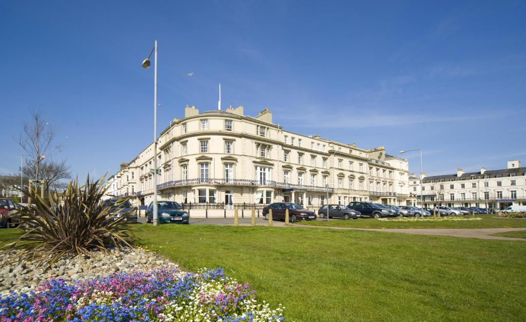The carlton hotel great yarmouth including photos for Great accommodation