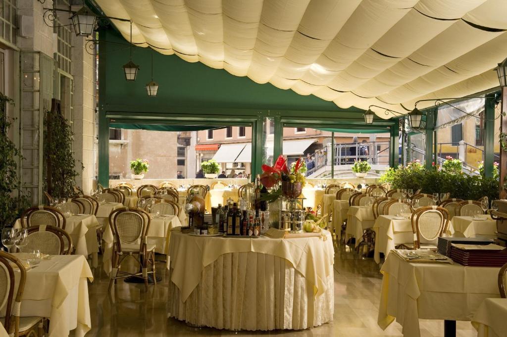 Hotel Bonvecchiati, Venice, Italy - Booking.com