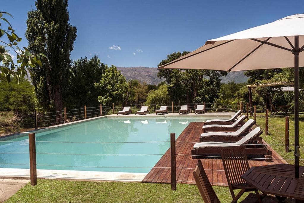 Bazén v ubytování Gran Hotel Nono nebo v jeho okolí