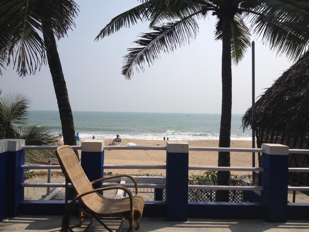 Serenity beach sea view villa pondicherry india Budget hotels in pondicherry with swimming pool