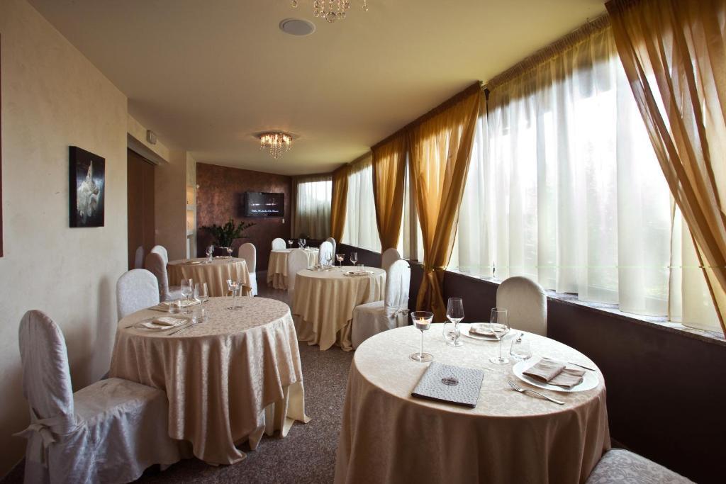 Hotel Sullivan