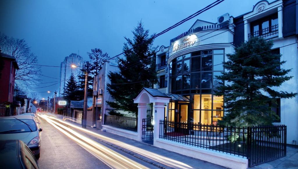 Garni Hotel Vozarev Belgrade Serbia Booking Com