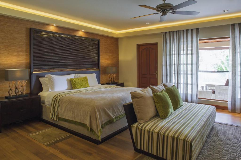 номер в отеле Курумба Мальдивы