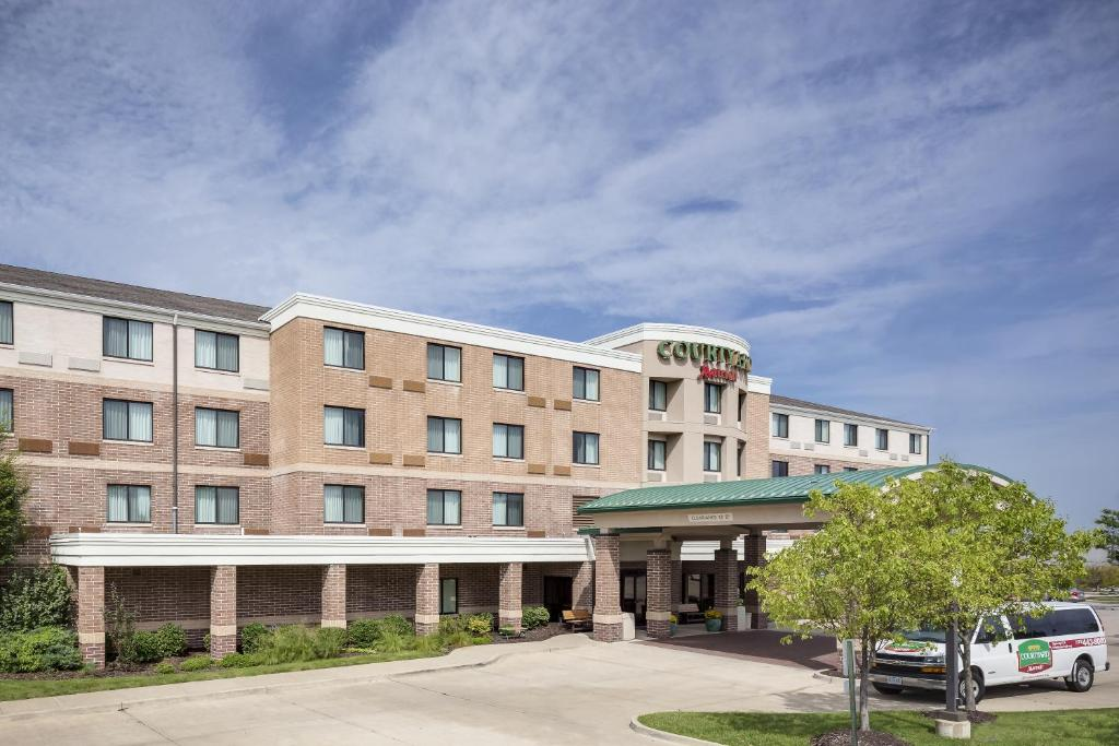 Hotel Courtyard Columbia Mo Booking Com