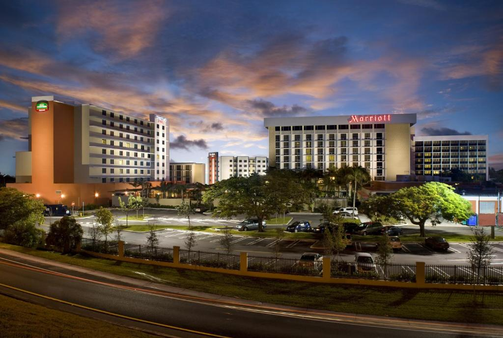 courtyard by marriott miami airport miami updated 2019 prices