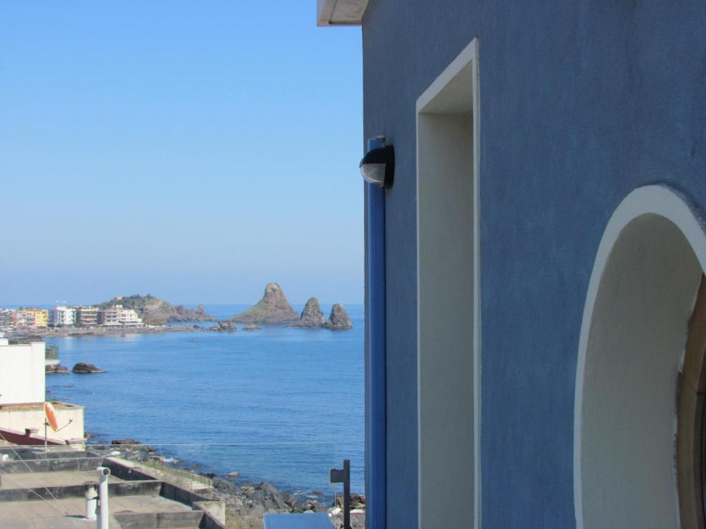 Bed and Breakfast La Terrazza sul Mare, Aci Castello, Italy ...