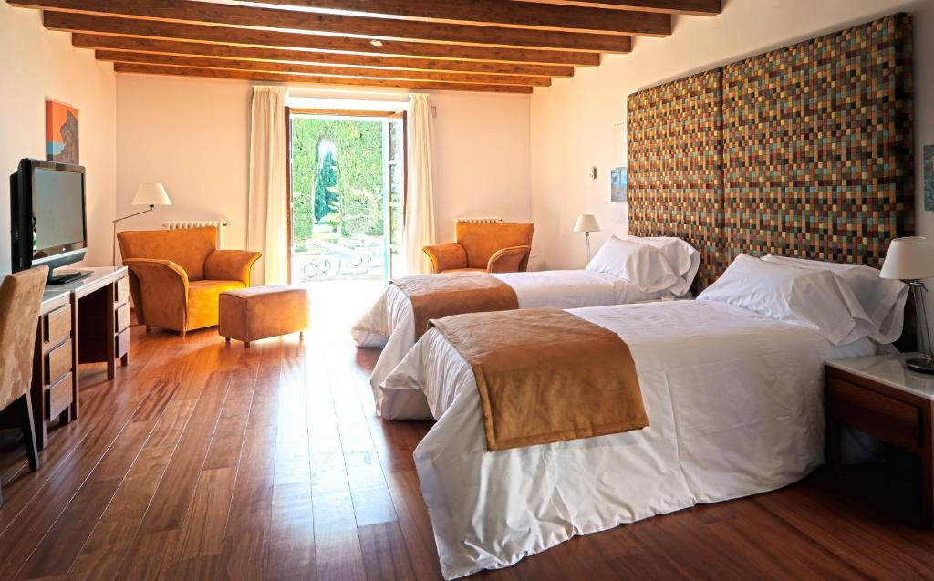 boutique hotels in consell  16