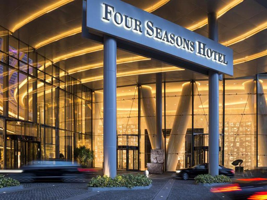 four seasons hotels locations 2018 world 39 s best hotels. Black Bedroom Furniture Sets. Home Design Ideas