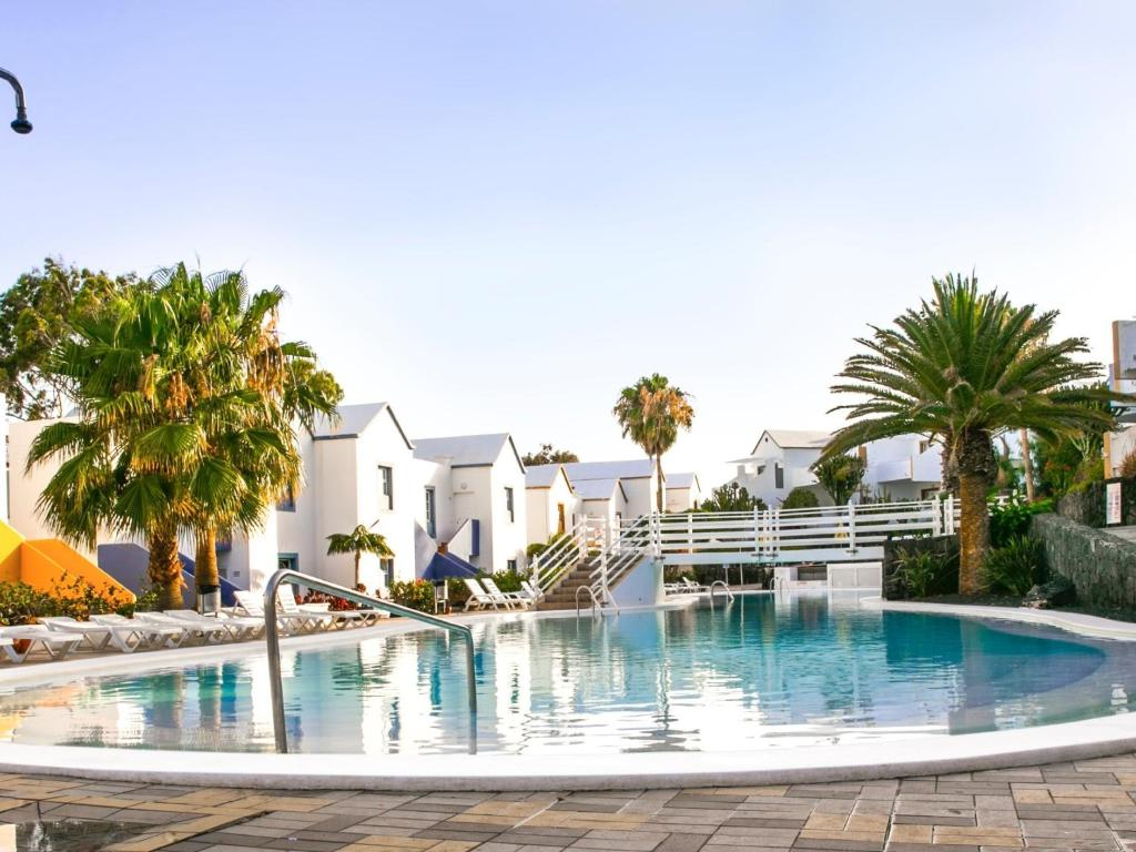 Apartamentos the morromar puerto del carmen updated - Hotels in puerto del carmen ...