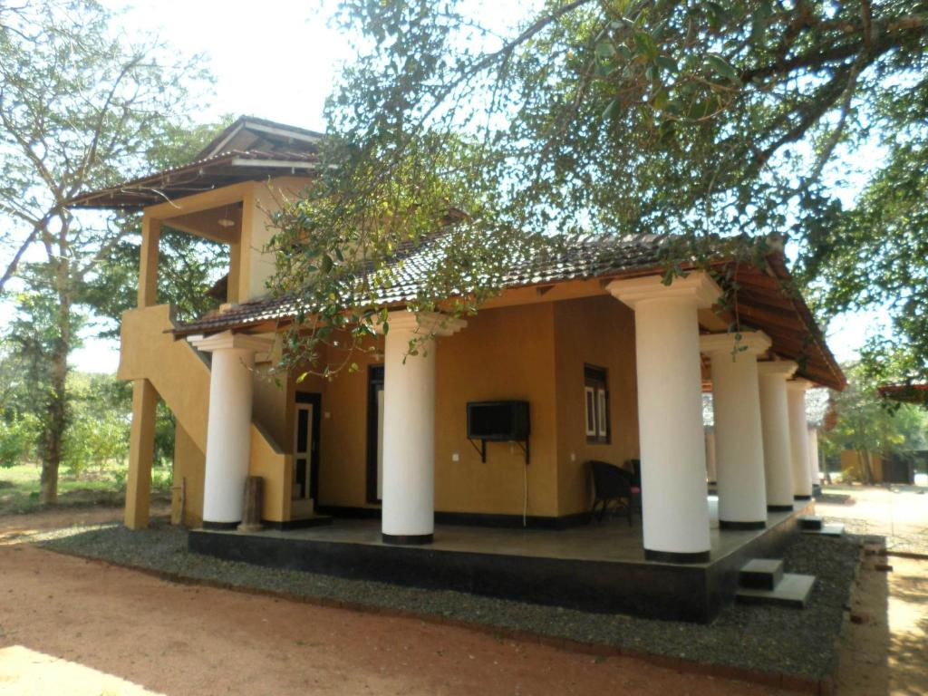 country house mukalana portugese house anuradhapura sri lanka