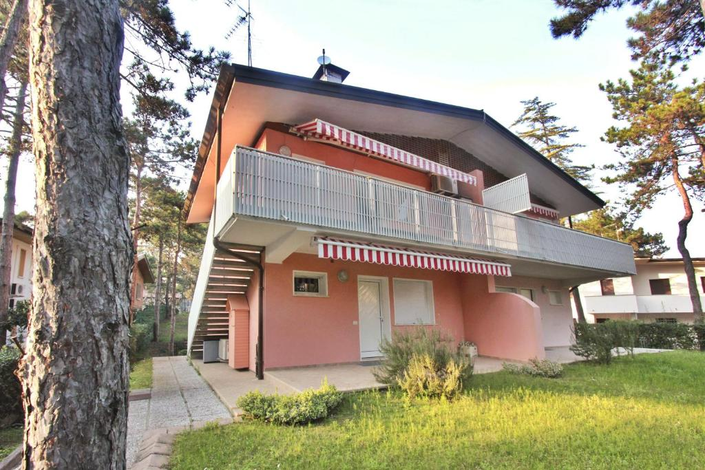 Villa Sorriso (Italia Lignano Sabbiadoro) - Booking.com