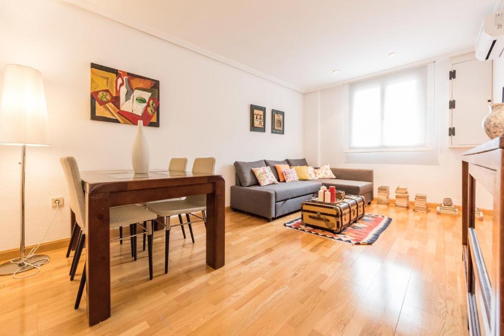 Appartement Santa Ana Star (Spanje Madrid) - Booking.com