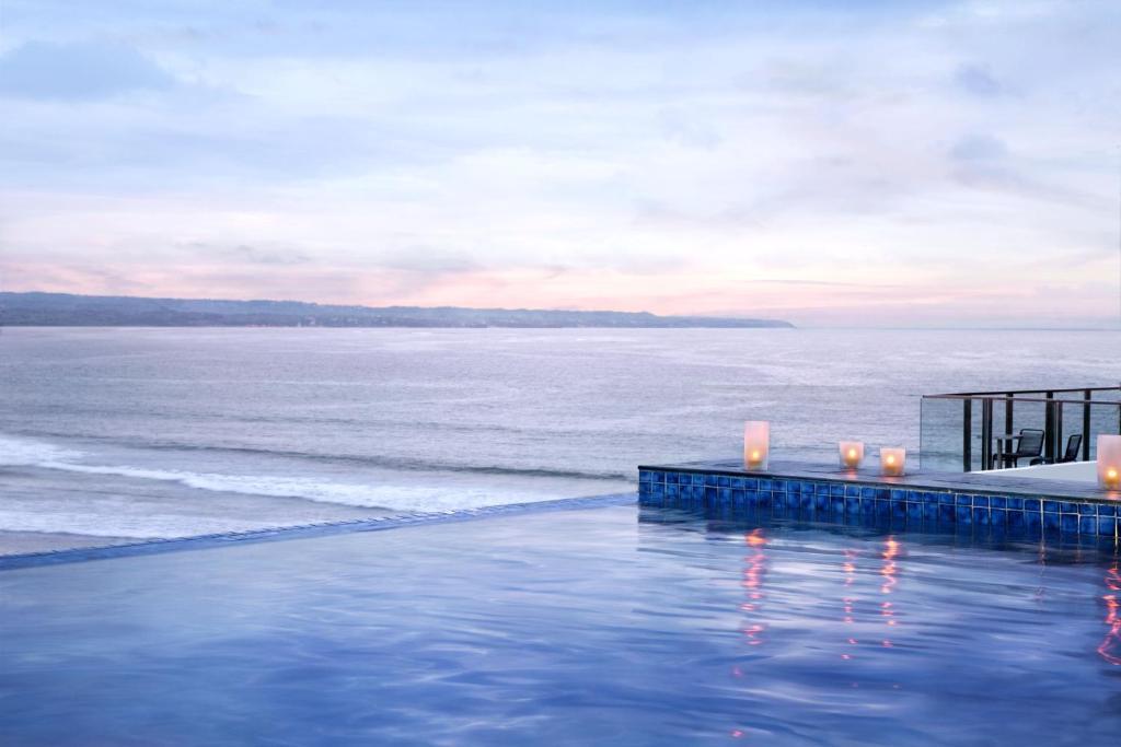Condo hotel citadines kuta beach bali indonesia for Bali indonesia hotel booking